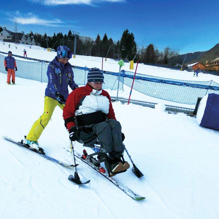 Scuola Italiana Sci e Snowboard Tarvisio - Sella Nevea organizza corsi per sciatori disabili